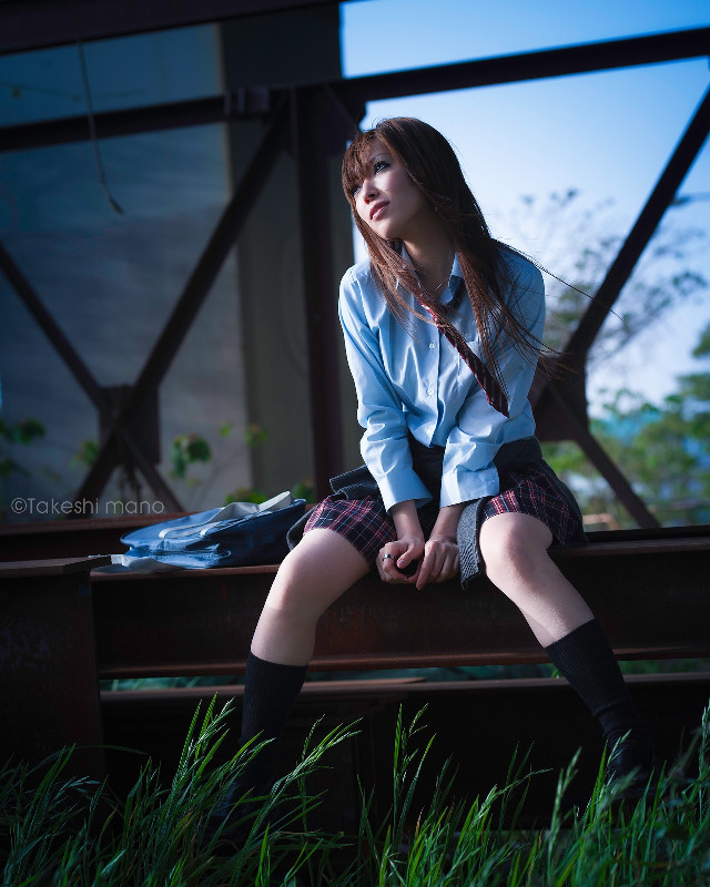 まけるもんか #portrait #woman #girl #japan #schoolgirl #legs #socks #yolo