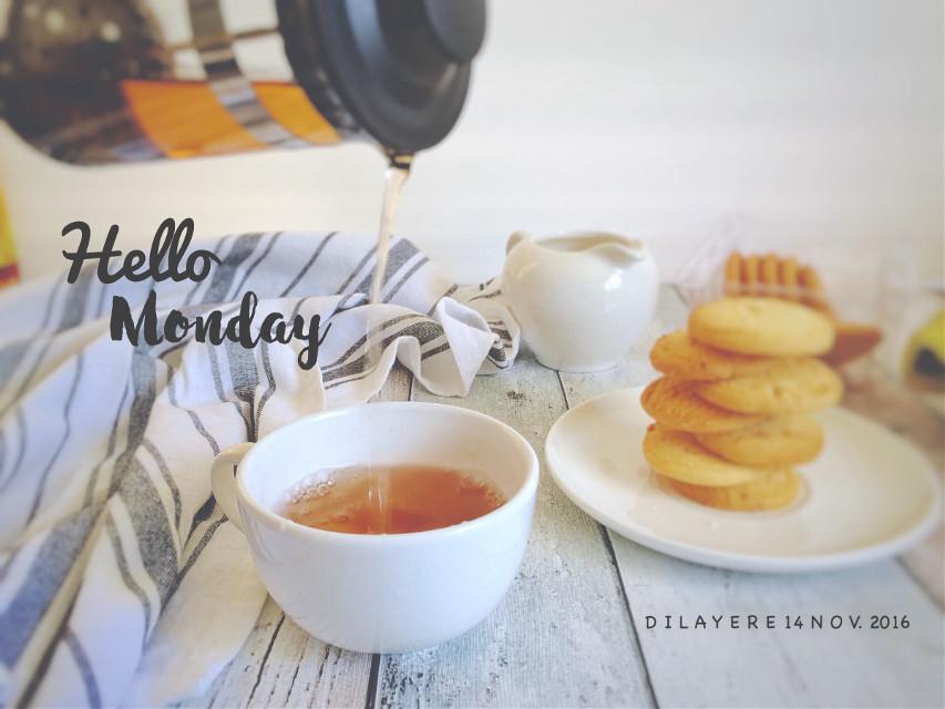 Morniiiing  Happy Monday!!