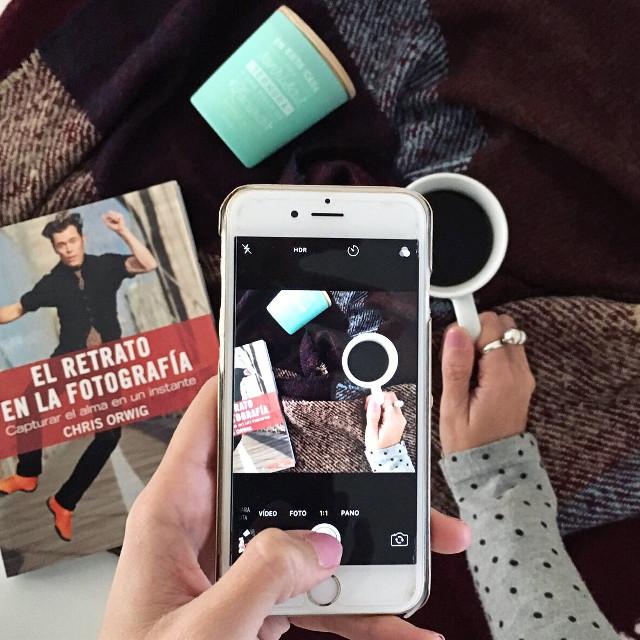 #flatlay #coffee #coffeetime follow me on instagram @tamara_st_