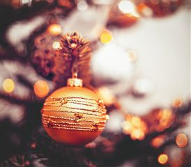 ornaments bokeh christmastree macro photography